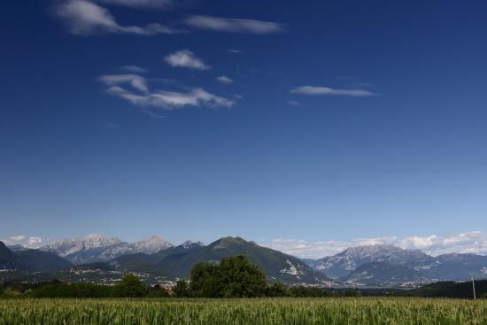 Prealpi lombarde - Orsenigo (305 clic)