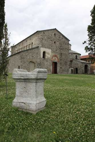 Basilica di Galliano - Cantù (2763 clic)