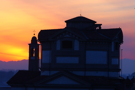 Chiesa di S. Maria al tramonto - Cantù (2405 clic)