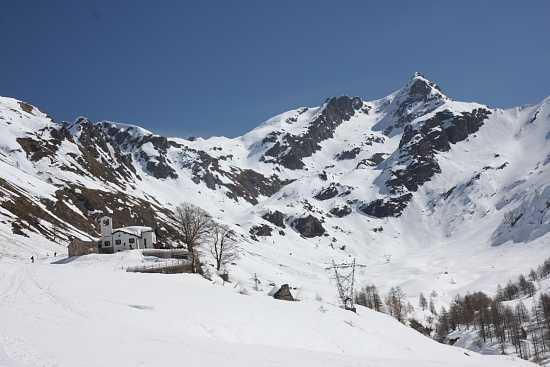 Rifugio Madonna della Neve - Introbio (3684 clic)