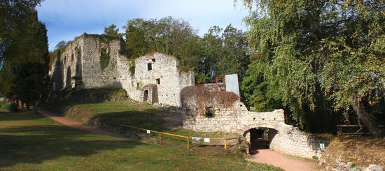 Castello della rocca borromea di Arona (2592 clic)