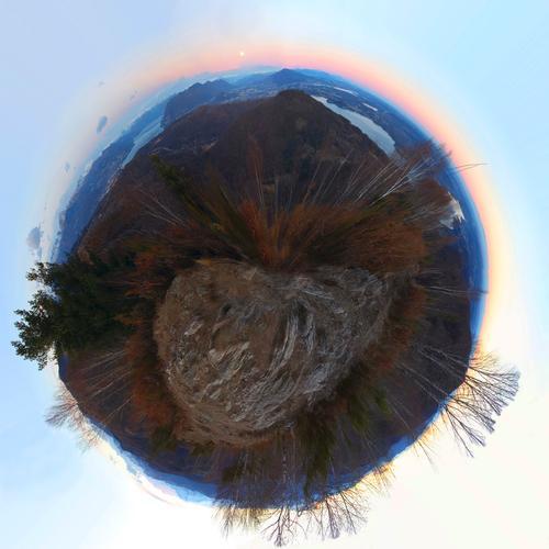 Panoramica a 360° dal monte Cornaggia versione minimondo, Piemonte gennaio 2012 - Nebbiuno (1463 clic)