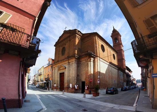 Per le vie di Nizza Monferrato (2794 clic)