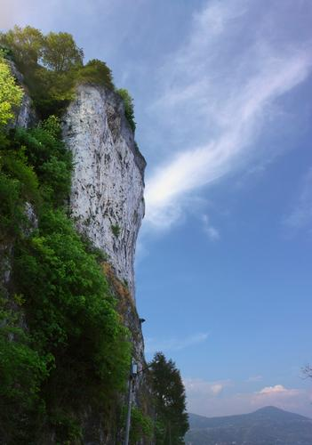 Strapiombo della Rocca Borromea di Arona (1550 clic)