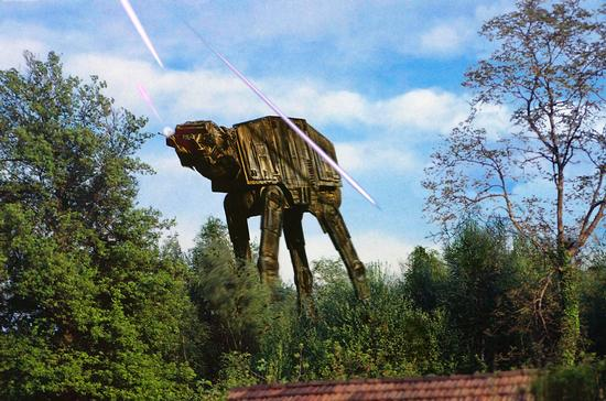 AT-AT (Star Wars) a Mercurago, Scatto originale 1990 rielaborazione con photoshop 2007 (1633 clic)