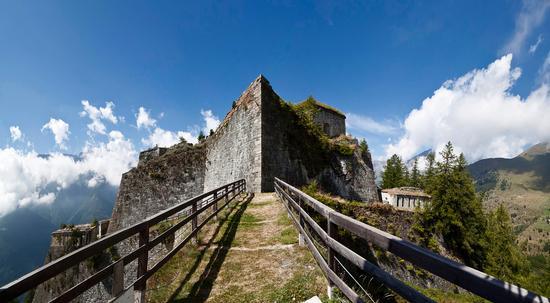 Forte di Fenestrelle, ingresso del ponte a caponiera del Forte delle Valli (801 clic)