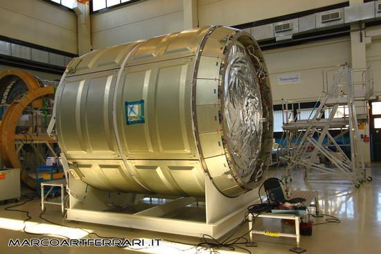 Cygnus, Una lattina di birra da qualche milione di euro, Thales Alenia Torino luglio 2011 (2367 clic)