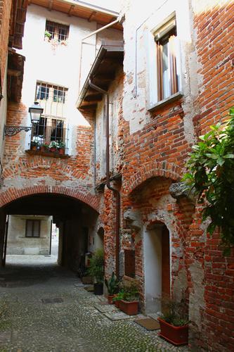 Castello e ricetto di Ghemme, Piemonte aprile 2011 (1486 clic)