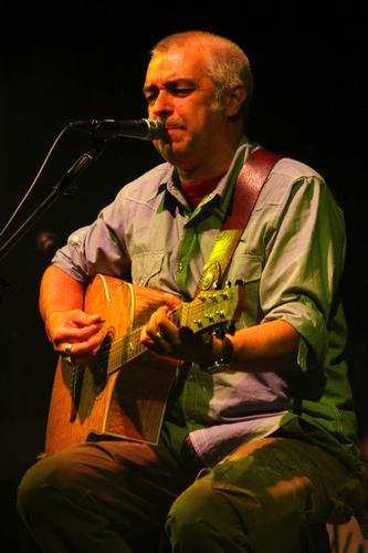 Davide Van de Sfroos in trio - Arona (2007 clic)