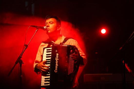 Billa. Davide Van de Sfroos in trio - Arona (2104 clic)