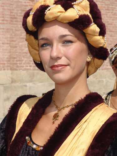 Dama con-turbante, Palio di Asti, 16 settembre 2007 (3331 clic)