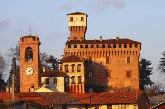 Rocca Viscontea Sforzesca secolo XV, Castello di Briona, vista est, Novara, Piemonte (3019 clic)