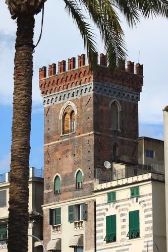 Torre, Genova agosto 2010 (1668 clic)