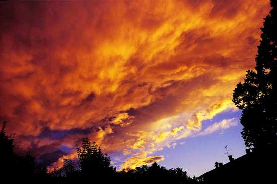 Fire in the sky, Mercurago, Arona, Piemonte (2044 clic)