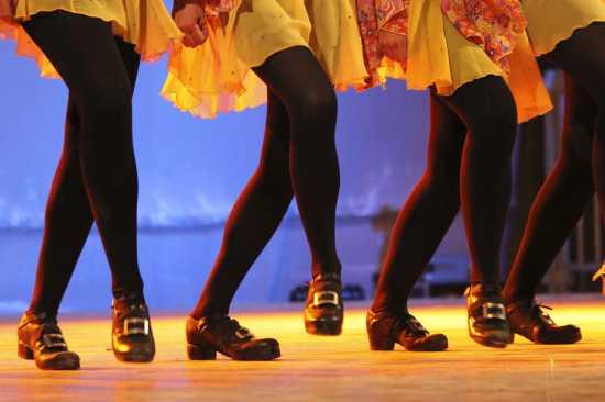 Spettacolo di danza irlandese del fruppo Gens d'Ys, manifestazione NovaAria 2009 - NOVARA - inserita il 20-Jan-10