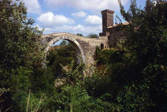 Il castello dell'Abbadia, Vulci, Lazio 1998 (2757 clic)