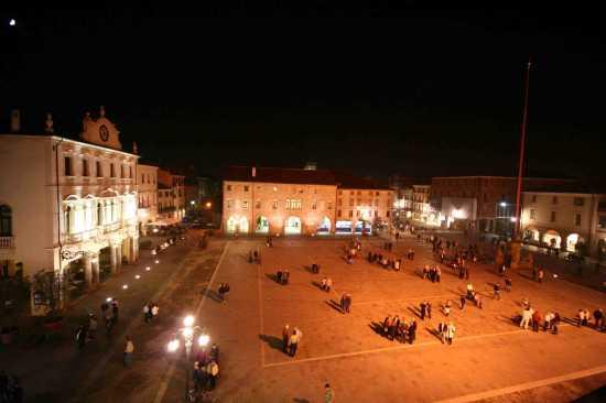 la piazza principale - Este (2850 clic)