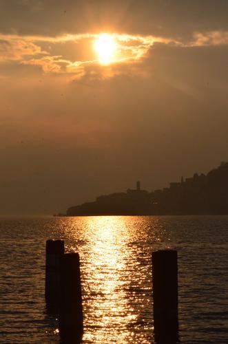 tramonto a monte isola (1223 clic)