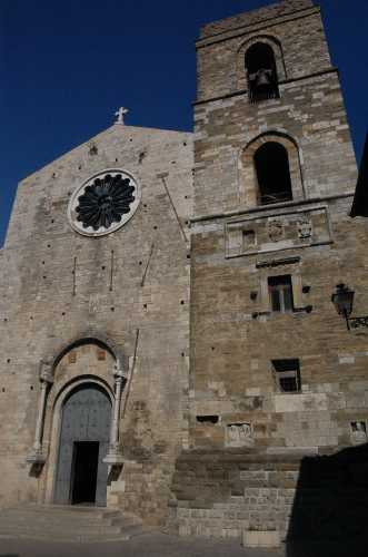 cattedrale - Acerenza (2339 clic)