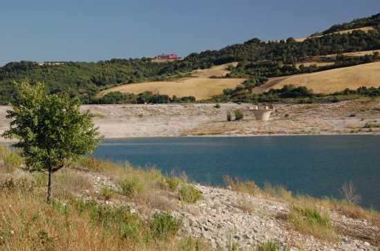 lago diga di acerenza (3383 clic)
