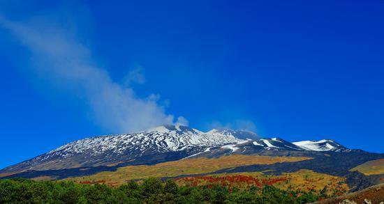 prima neve di autunno Etna sud ovest (831 clic)