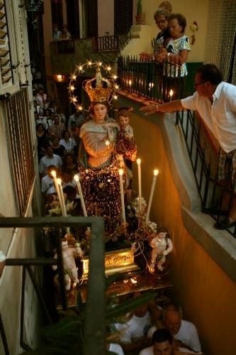 processione Madonna delle Grazie - Giampilieri marina (7066 clic)