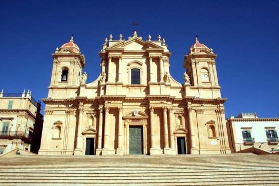 Cattedrale - Noto (3957 clic)