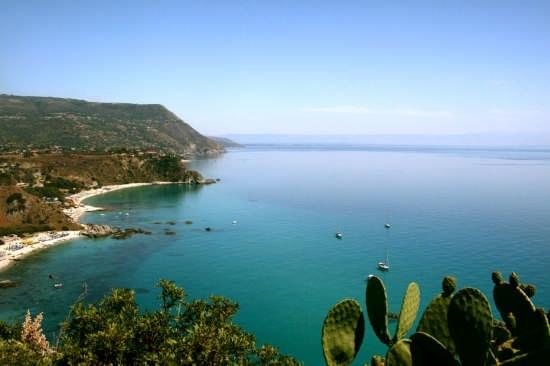 la costa di capo vaticano - Tropea (6049 clic)