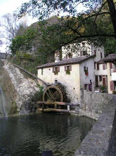 molinetto della croda  www.trippeek.it - Refrontolo (2755 clic)