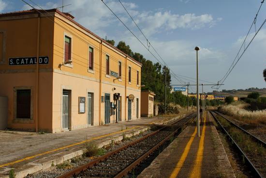 Stazione di San Cataldo(CL) (5389 clic)