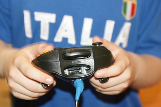 L'Italia che gioca con le mani - Riesi (2622 clic)
