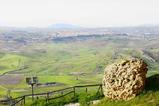 Foto Su Barrafranca  (4581 clic)
