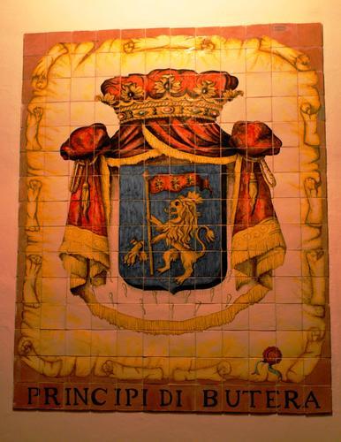 Stemma Casato principe di Butera (4997 clic)