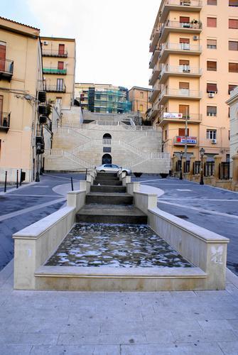Scalinata alla Fontana - Caltanissetta (3277 clic)