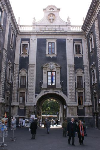 Il Comune  - Catania (2506 clic)