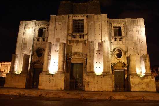 Illuminazione notturna - Catania (3514 clic)