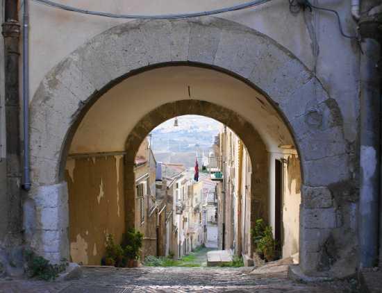 Arco Comitini (2843 clic)