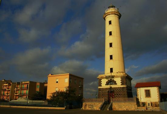 Faro San. Giacomo - Licata (4568 clic)