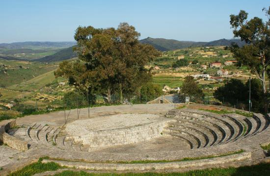 L'Anfiteatro - Mazzarino (4947 clic)