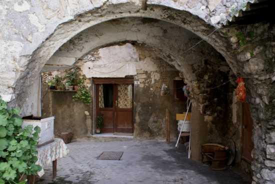Arco Provenzano - Milena (3237 clic)