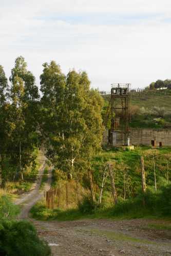 Pozzo di areazione Miniera della Salina - Milena (3291 clic)