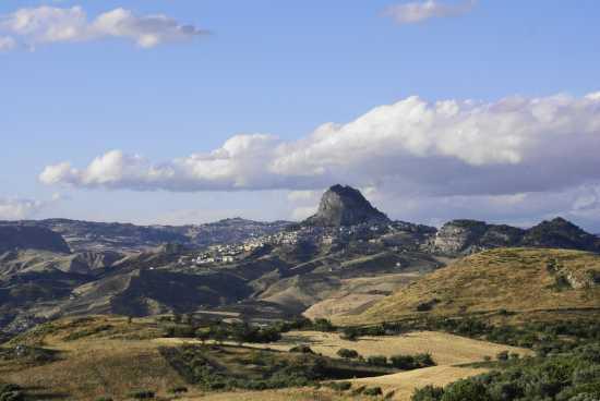 Monte San Paolino SUTERA (4636 clic)