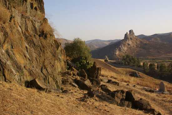 Paesaggio Montuoso - Riesi (4661 clic)