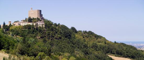 La rocca di Montefiore e Rimini - Montefiore conca (785 clic)