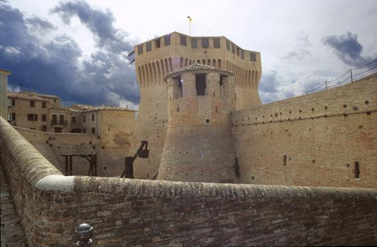 Mondavio, Rocca di Francesco di Giorgio Martini (3506 clic)