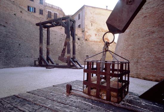 Mondavio, macchine d'assedio. (3848 clic)