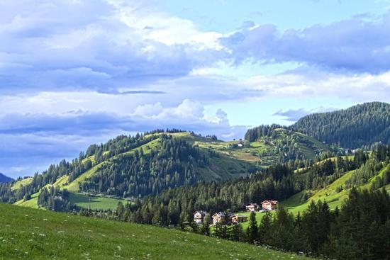 Verso il Col d'Anvì - Val badia (2722 clic)