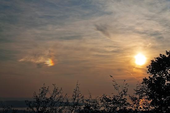 Arcobaleno in una nuvola - Trieste (2492 clic)