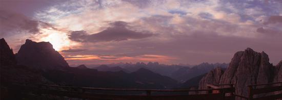 L'alba al rifugio Coldai in Val Ziolere - Zoldo alto (2448 clic)