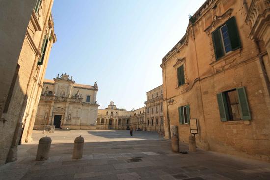 Piazza Duomo - Lecce (1969 clic)